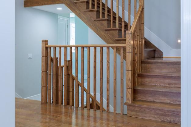 Notranje stopnice lesene