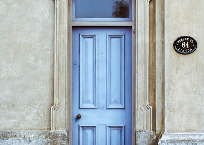 vhodna vrata lesena