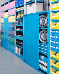 Kovinske omare za večji red in preglednost vaših delovnih prostorov