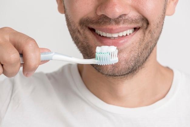Fiksni zobni aparati po ugodni ceni