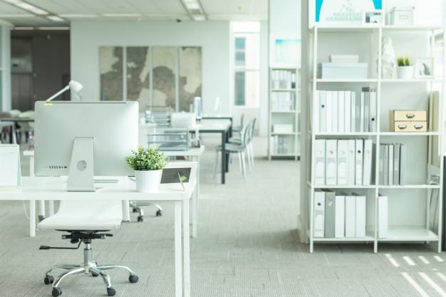 Oprema za elegantno pisarno